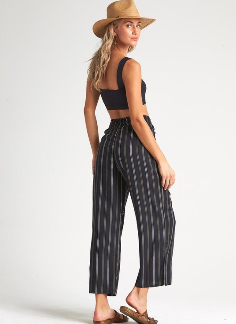 Cut Through Pant in Black