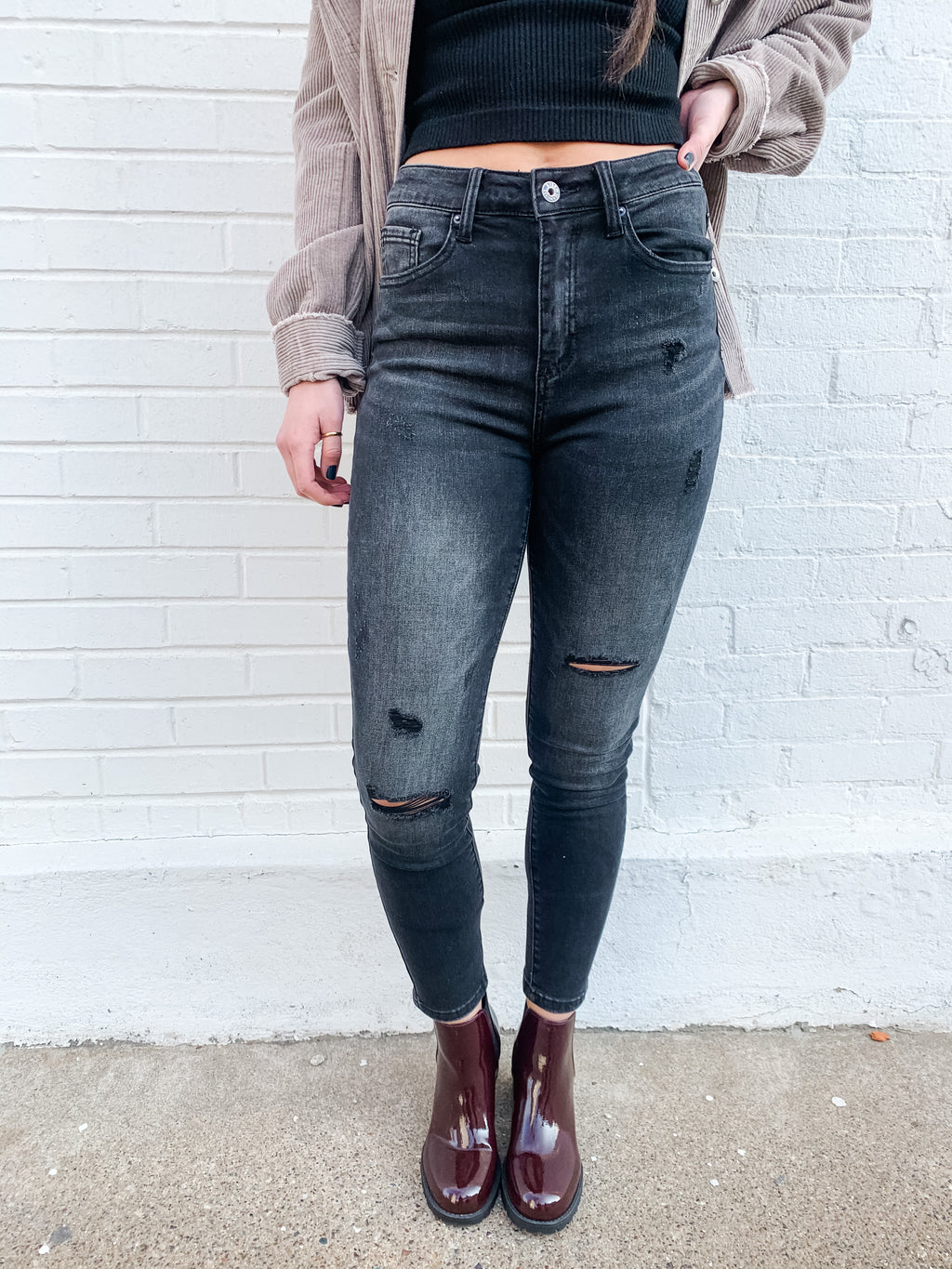High Rise Distressed Vintage Wash Skinny