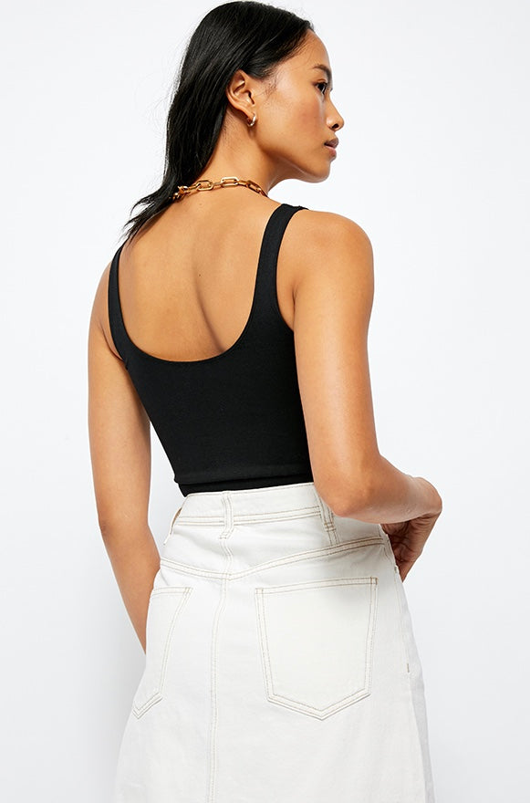 Scoop Neck Crop Top - Black