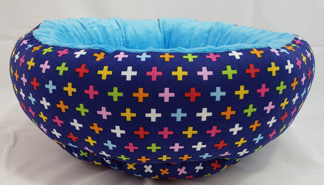 Small Round Bed Modern Print