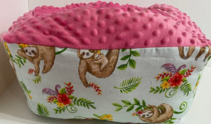 Small Squishy Bed Sloths Pink