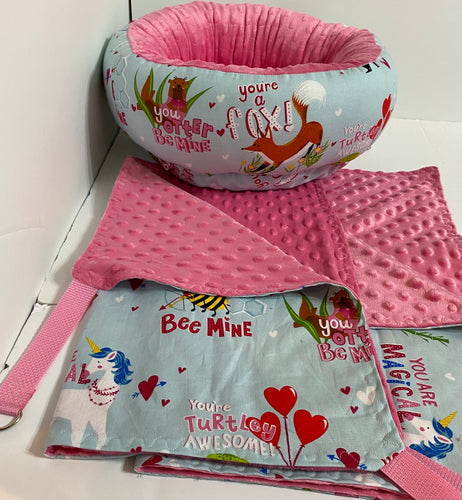 Small Round Bed Set Valentine