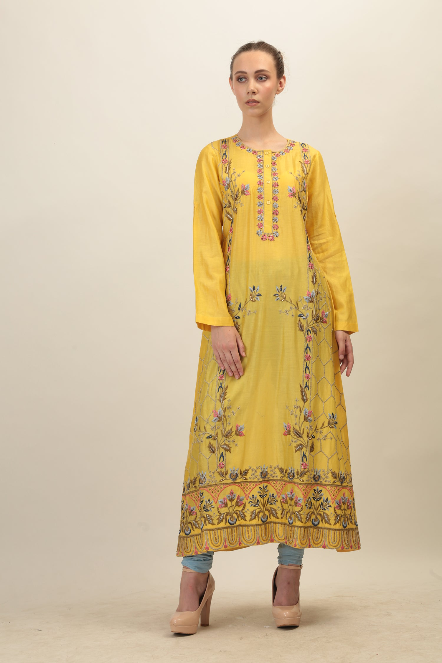 Vibrant Floral Embroidered Kurta - The Grand Trunk