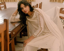 Load image into Gallery viewer, Astha Narang White Straight Fit Kurta - The Grand Trunk