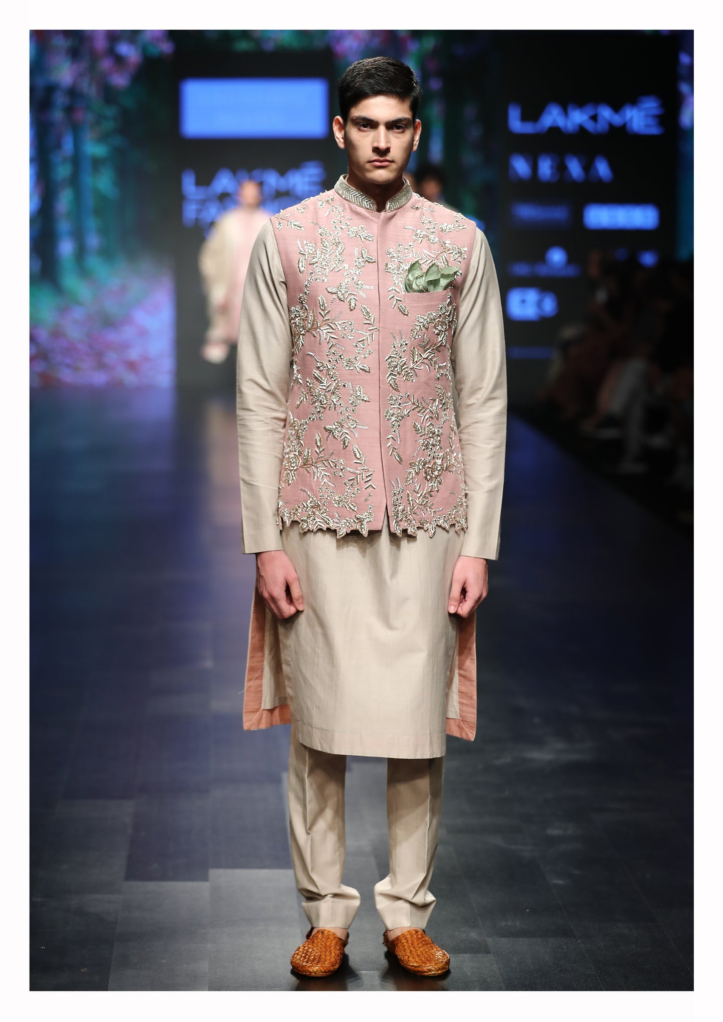 Cutwork Bundi With Kurta & Churidaar - The Grand Trunk