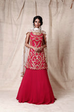Load image into Gallery viewer, Magenta lengha set - The Grand Trunk