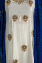 Load image into Gallery viewer, IVORY HIGH SLIT TUNIC WITH BLUE CRUSH CAPE AND IVORY PANTS - The Grand Trunk
