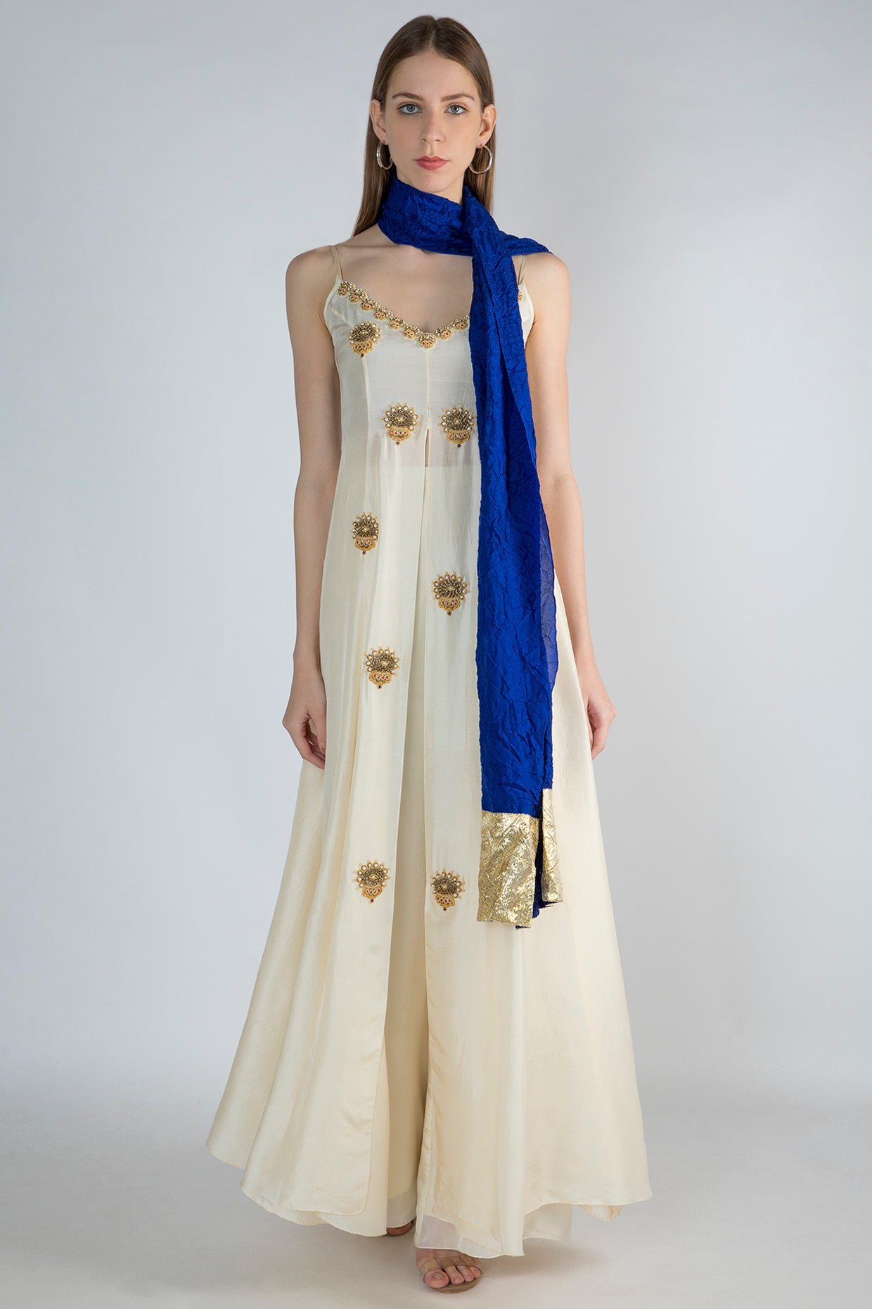 IVORY HIGH SLIT TUNIC WITH BLUE CRUSH DUPATTA AND IVORY PANTS - The Grand Trunk