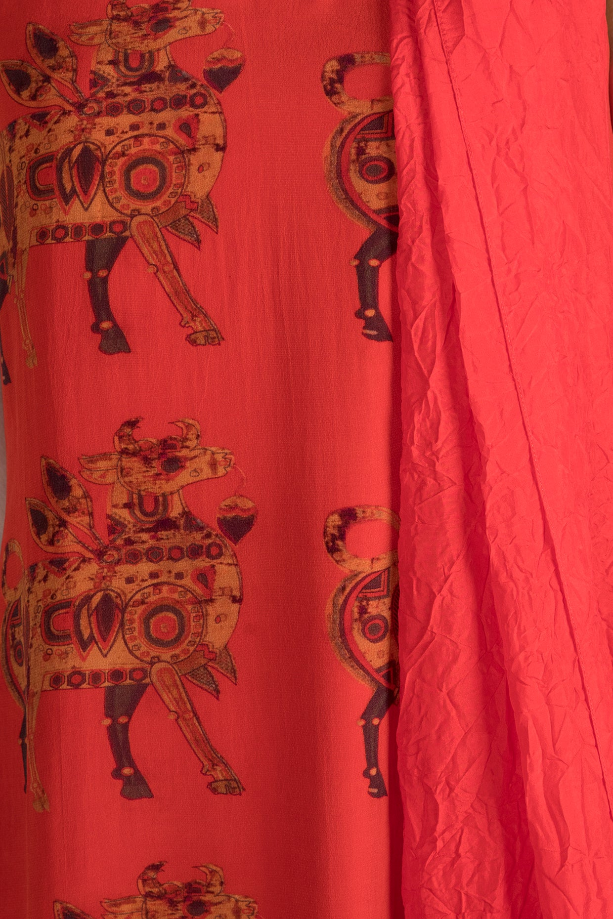 RED TROOP PRINT TUNIC & SHARARA WITH RED CRUSH DUPATTA - The Grand Trunk