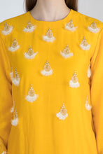 Load image into Gallery viewer, Masaba Yellow Chanderi Embroidered Kurta set - The Grand Trunk