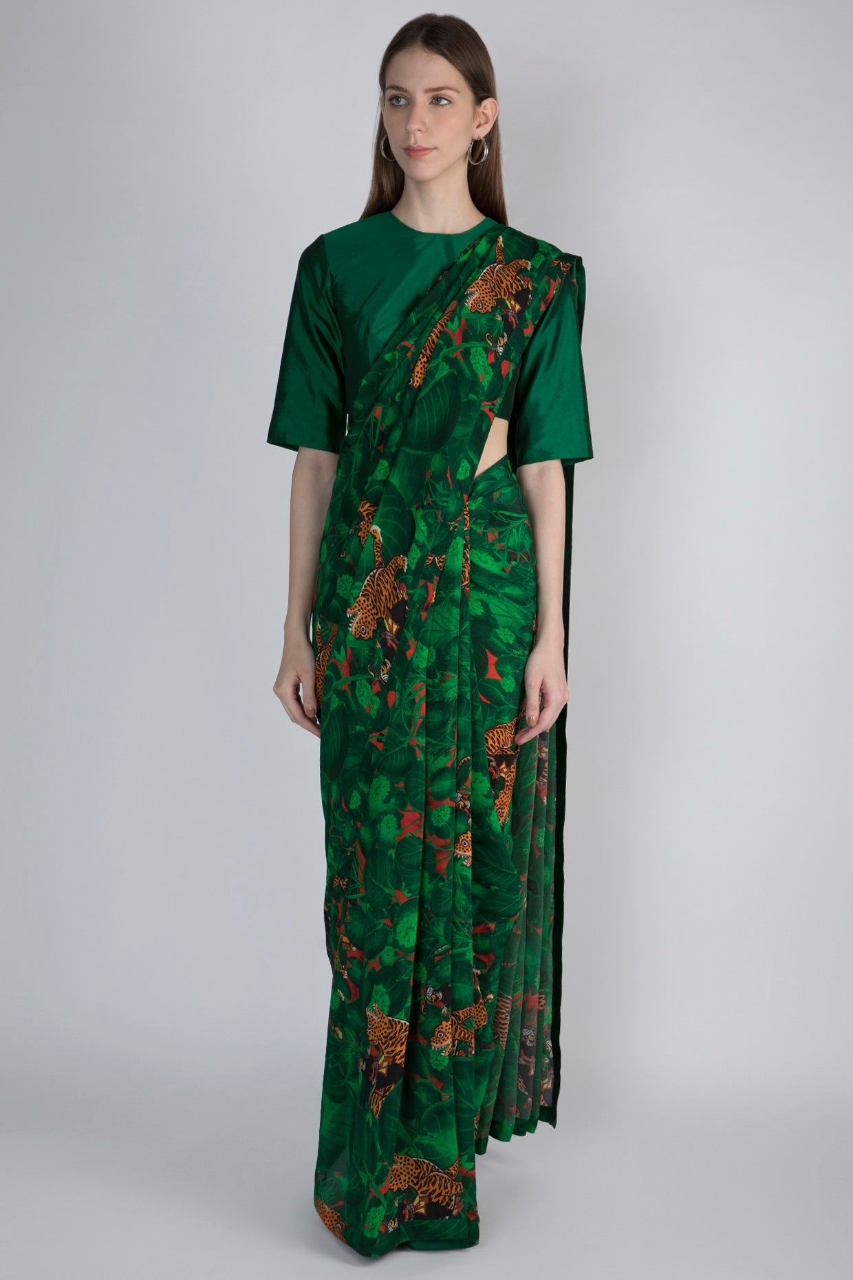 EMERALD JUNGLE SARI WITH EMERALD BLOUSE - The Grand Trunk