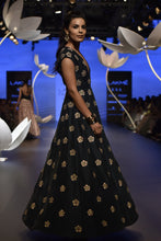 Load image into Gallery viewer, Payal Singhal Esma Gown - The Grand Trunk