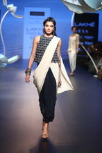 Load image into Gallery viewer, Payal Singhal Irmak Saree Set - The Grand Trunk
