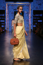 Load image into Gallery viewer, Payal Singhal Zarya Saree