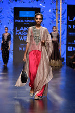 Load image into Gallery viewer, Payal Singhal Muniza Salwaar Set - The Grand Trunk