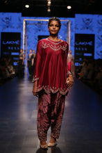 Load image into Gallery viewer, Payal Singhal Anora Kurta Set - The Grand Trunk