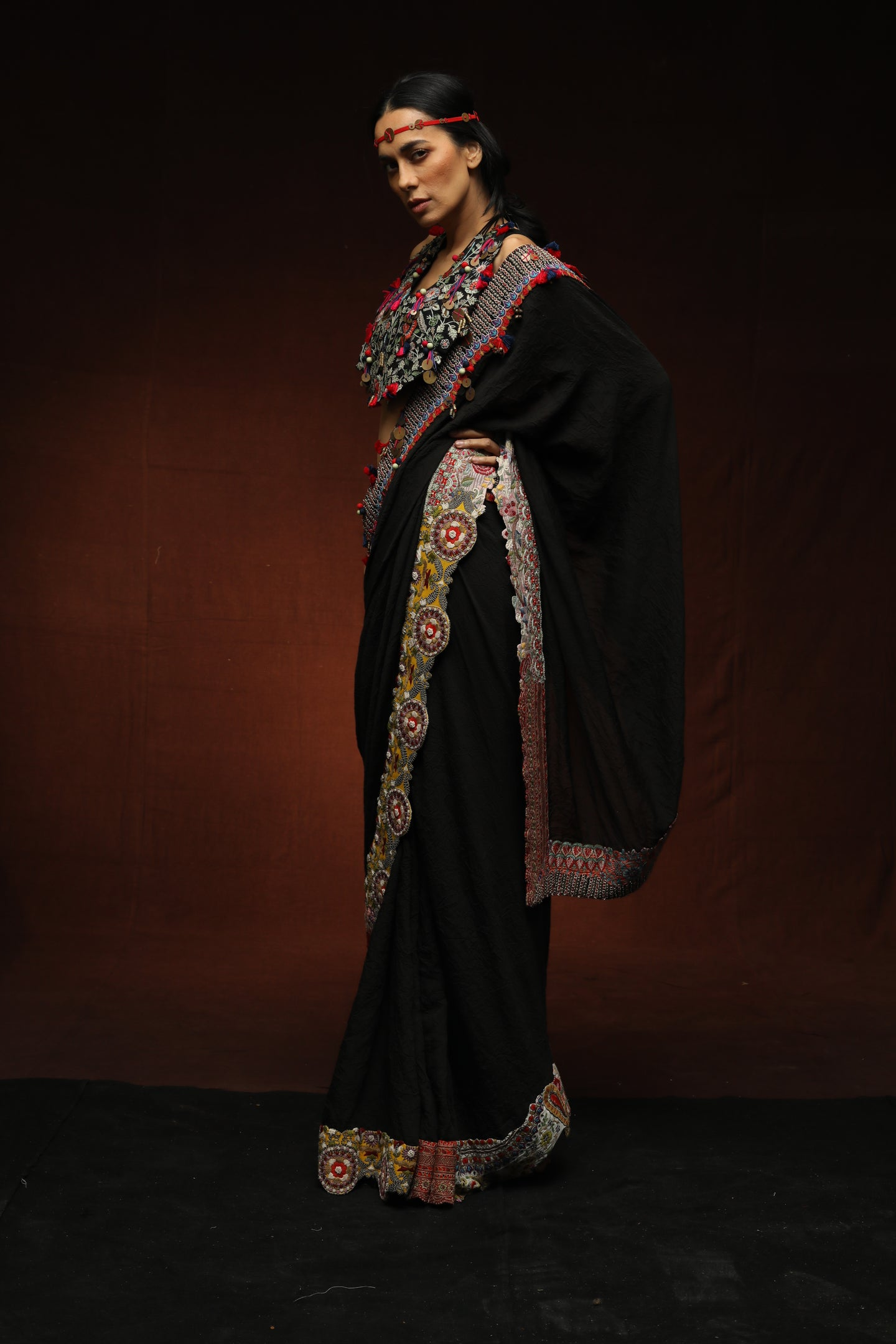 Black Crushed Silk Muslin Crushed Sari - The Grand Trunk