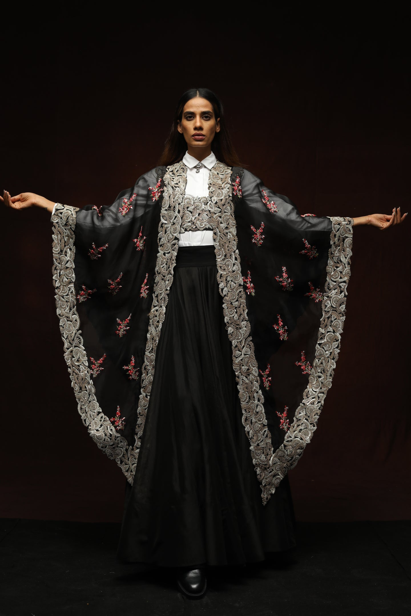Black Kareena Cape With  Floral Boota - The Grand Trunk