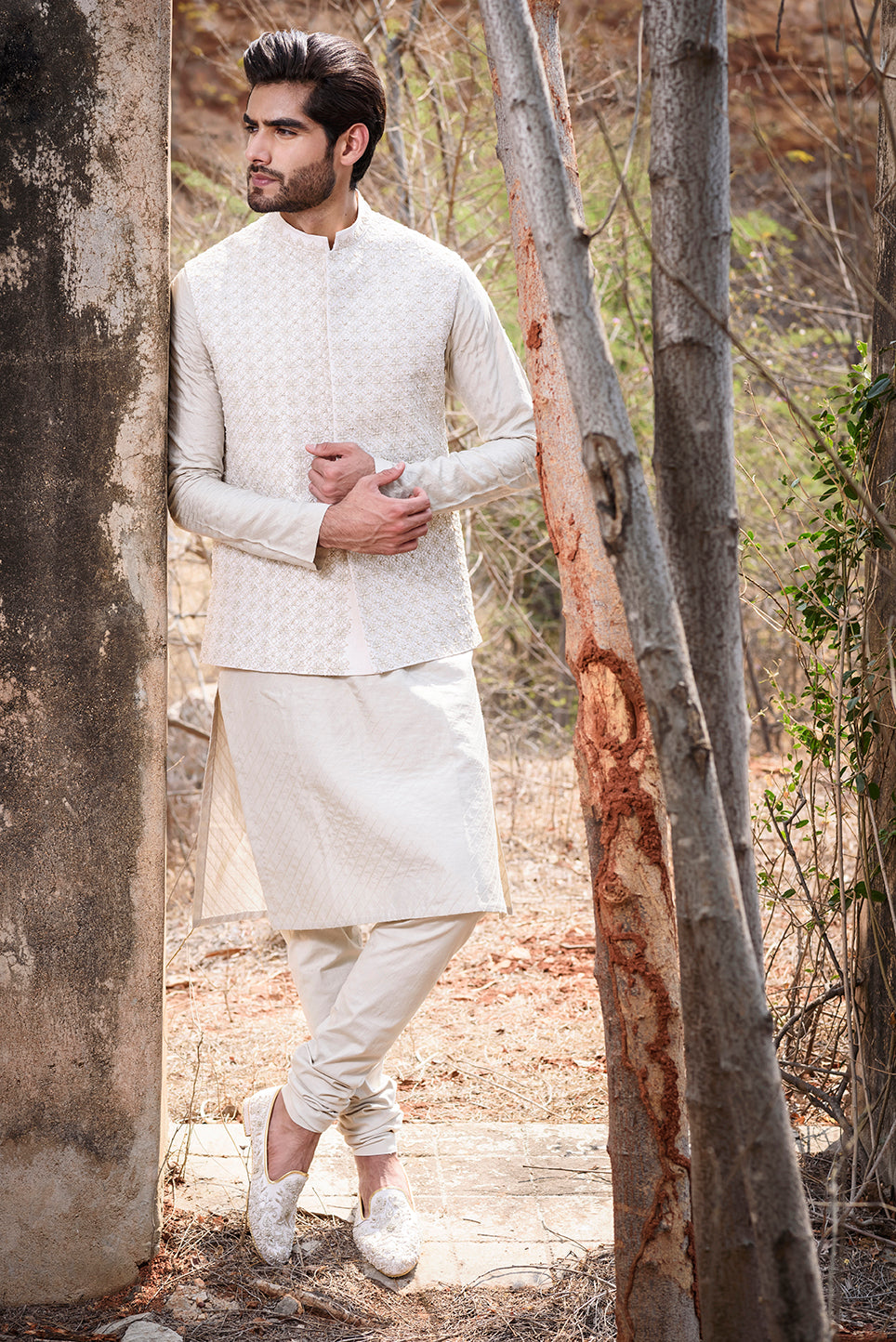 Off white rawsilk with Self Threadwork Embroidery and Pearl Highlights - The Grand Trunk