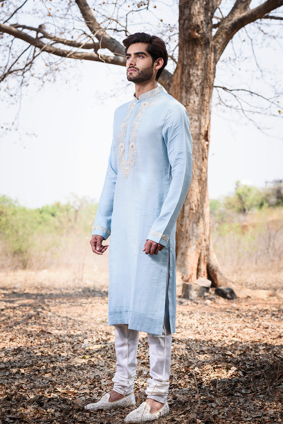 Powder blue kurta with neck embroidery - The Grand Trunk