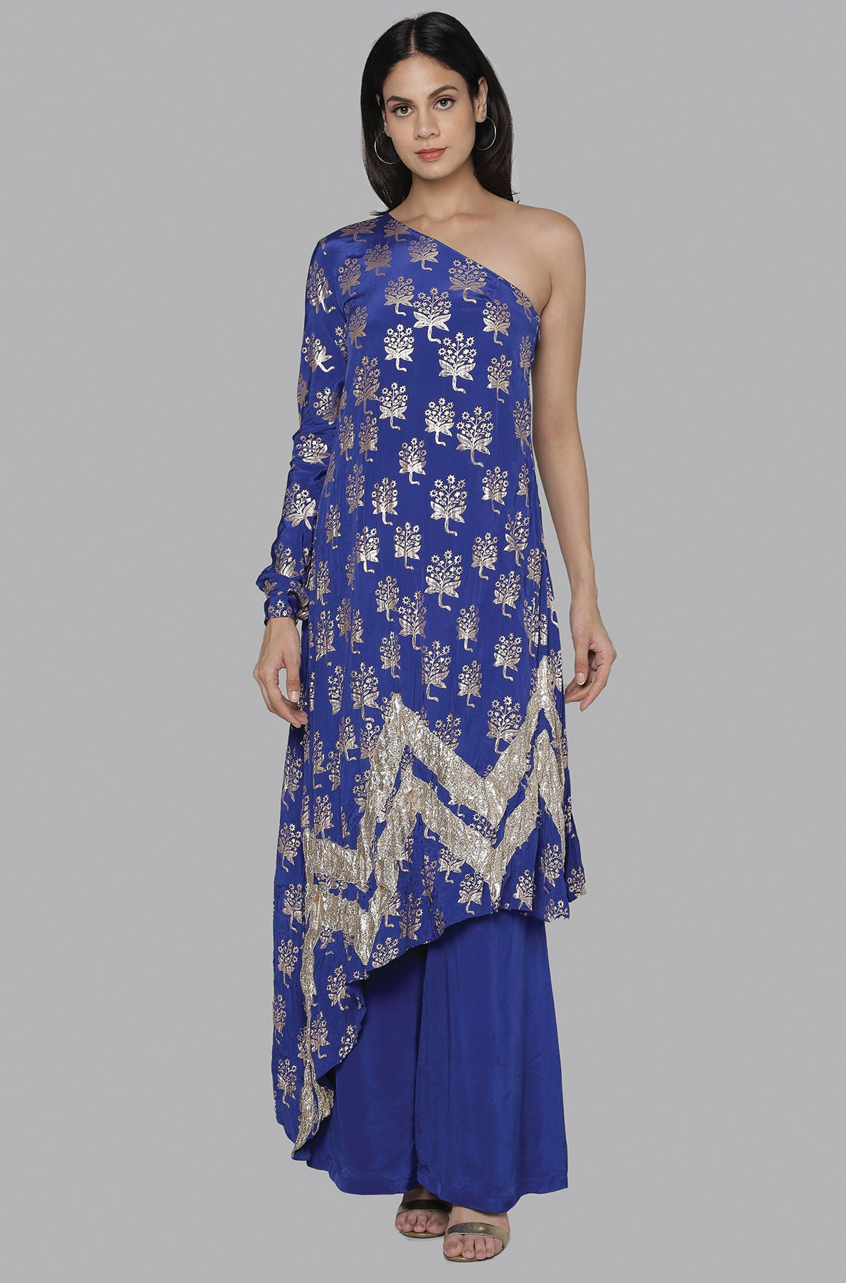 BLUE STAR FLOWER CRINKLE GOTA ONE SHOULDER TUNIC SET - The Grand Trunk