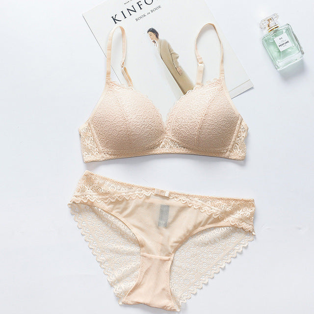 4451ca7306b4f ... Female Itimates Japanese Triangle Cup Thin Lace lingerie Set Deep V  Sexy Bra Set Seamless Bra