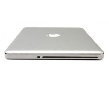 The Apple MacBook Pro 2012 w Final Cut & Photoshop