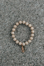 Load image into Gallery viewer, Beige Beaded Bracelet