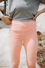 Load image into Gallery viewer, Sweet Peach Leggings