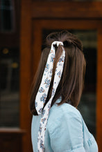 Load image into Gallery viewer, Budding Ivory Floral Hair Tie