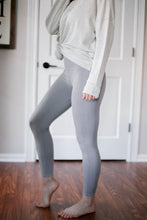 Load image into Gallery viewer, Seamless Leggings, Light Grey