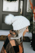 Load image into Gallery viewer, Eyelash Knit Beanie - Ivory