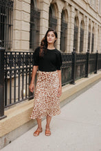 Load image into Gallery viewer, Leopard Silk Midi Skirt