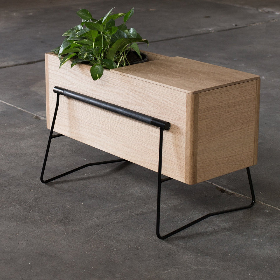 TOM Side table / planter