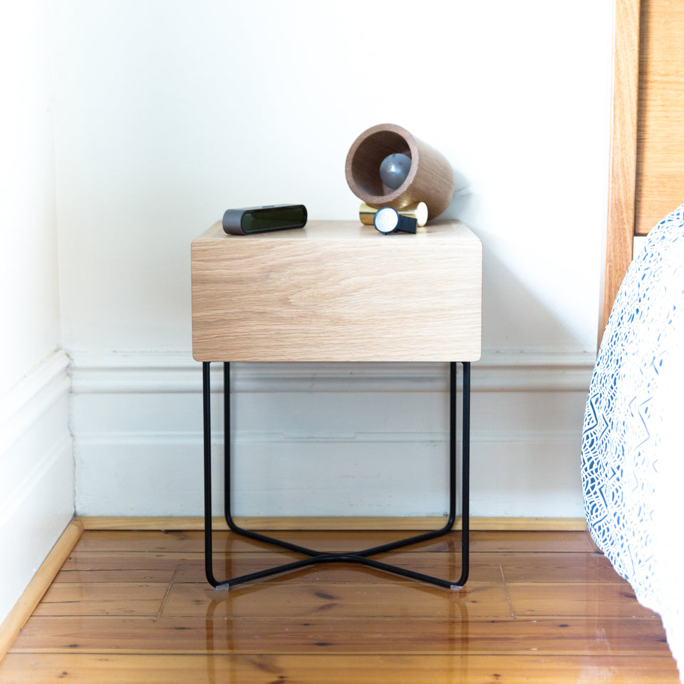 ST500 bed side table