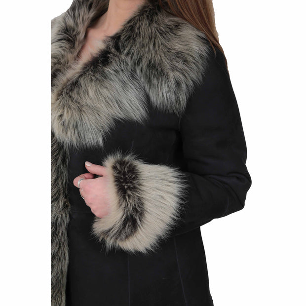 Womens Fitted Genuine Toscana Real Sheepskin Coat Pearl Black Feature