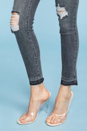 Judy Blue Grey Destroyed Released Hem-Plus