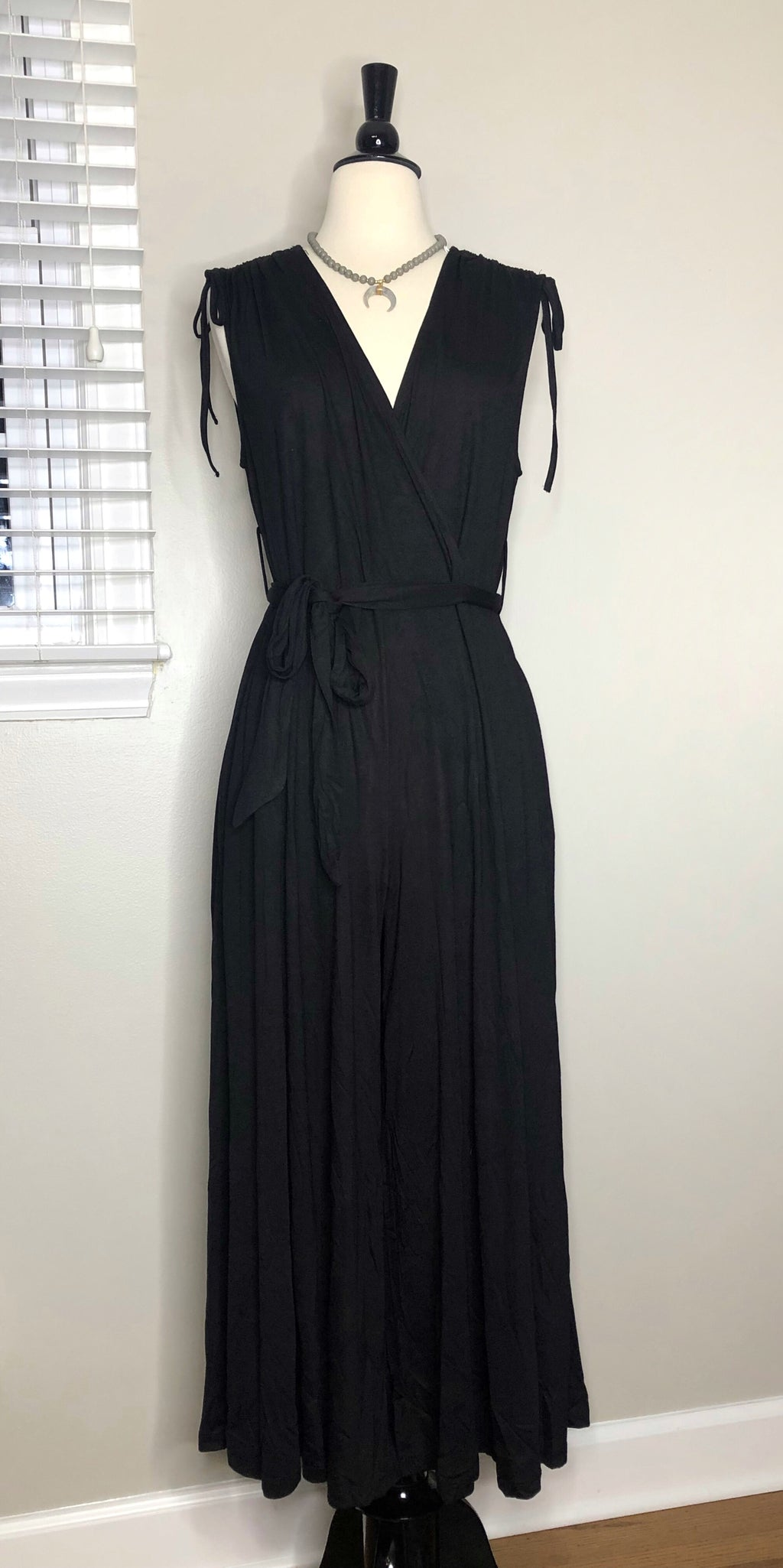 Black Sleeveless Wide Leg Jumpsuit Plus