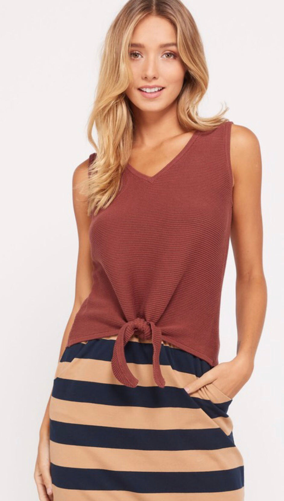 Brick V Neck Sleeveless Top