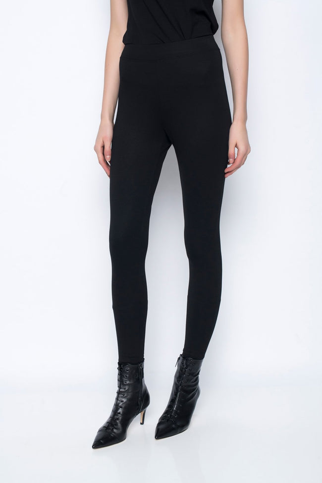 Pull on Leggings in black by Picadilly Canada