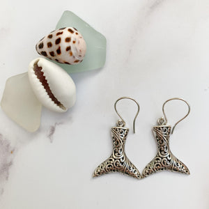Fish tales earrings