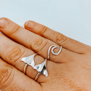 Wild about whales ring