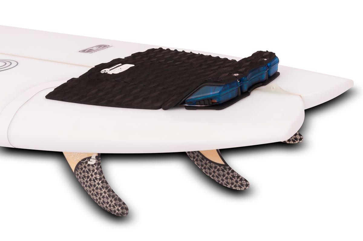Ocean Guardian | FREEDOM+ Surf Tail Pad / Antenna | Powered by Shark Shield Technology