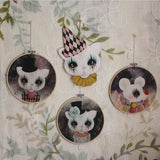 Clown cat, lilac, and other wall hoops - Dessin Design
