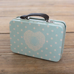 Maileg Metal suitcase in dusty blue - Dessin Design