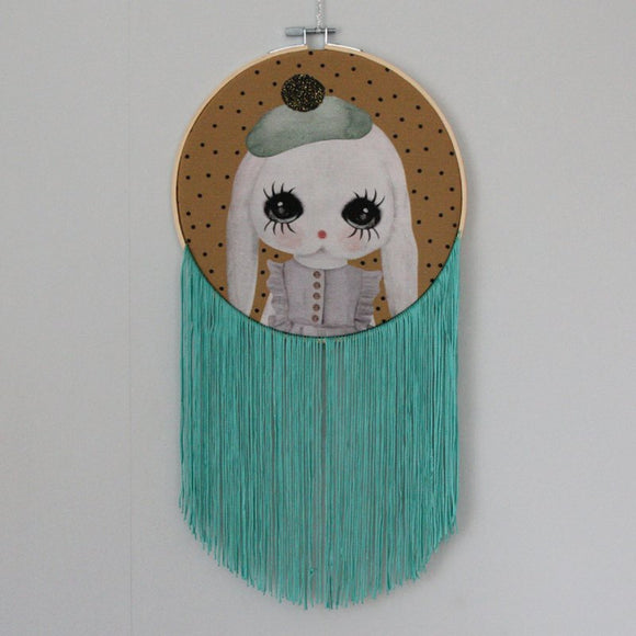 Fudge, fringe wall hoop - Dessin Design