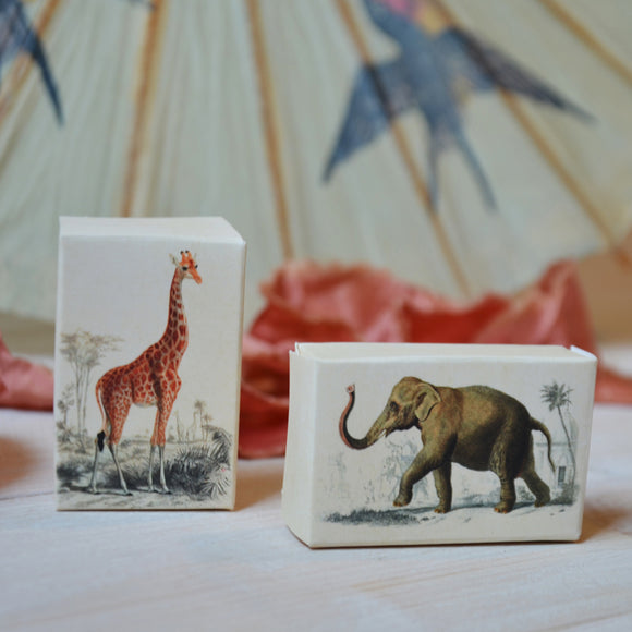 Guest soap, elephant and giraf - Sköna hem, Dessin Design