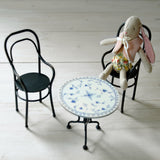 Maileg - Vintage Tea table, chairs and micro bunny - Dessin Design