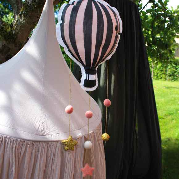 Hot air balloon, pink, mobile - Dessin Design