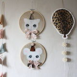 Wall hoops Bowie mouse and cat, beige and mobile balloon leo - Dessin Design